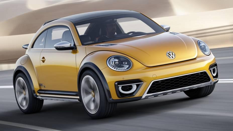 """A Volkswagen mostra uma versão com estilo fora-de-estrada do Beetle em Detroit   <a href=""""http://quatrorodas.abril.com.br/noticias/saloes/detroit-2014/vw-mostrara-beetle-dune-eua-768078.shtml"""" rel=""""migration"""">Leia mais</a>"""
