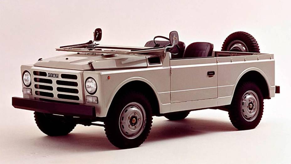 Campagnola: Quando se pensa em Fiat, vem à cabeça veículos pequenos e médios, antes sedãs, hoje hatches e monovolumes. Um jipe 4X4 de uso civil e militar continua sendo exceção do Campagnola desde 1951