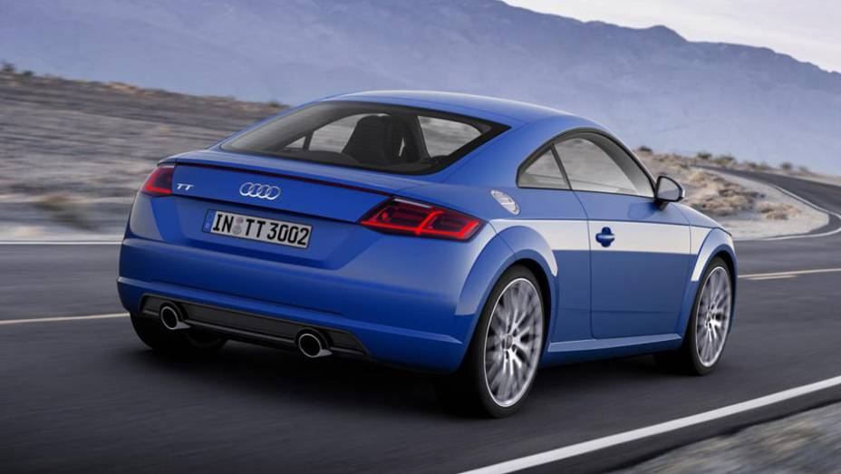 """O novo TT utiliza a plataforma MQB do grupo Volkswagen, chegando a um peso final de 1.230 kg, 50 kg mais leve que o antecessor   <a href=""""http://quatrorodas.abril.com.br/noticias/saloes/genebra-2014/audi-apresenta-novo-tt-775222.shtml"""" rel=""""migration"""">Leia mais</a>"""