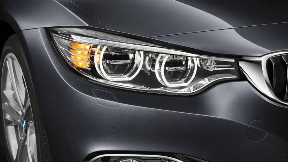 """O lançamento da BMW no Brasil conta com faróis de LED   <a href=""""http://quatrorodas.abril.com.br/noticias/fabricantes/bmw-435i-coupe-m-sport-chega-ao-brasil-299-950-reais-777719.shtml"""" rel=""""migration"""">Leia mais</a>"""