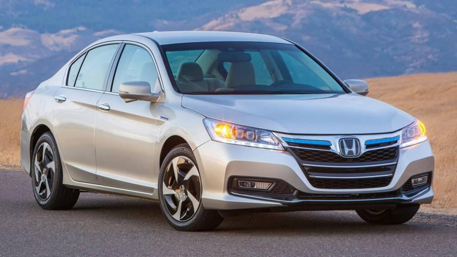 """8ª) Honda - 108 problemas em cada 100 carros (PP100)   <a href=""""http://quatrorodas.abril.com.br/noticias/mercado/eua-carros-porsche-tem-melhor-percepcao-inicial-qualidade-diz-estudo-786536.shtml"""" rel=""""migration"""">Leia mais</a>"""