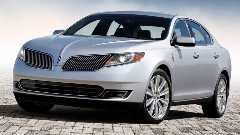 """10ª) Lincoln - 109 problemas em cada 100 carros (PP100)   <a href=""""http://quatrorodas.abril.com.br/noticias/mercado/eua-carros-porsche-tem-melhor-percepcao-inicial-qualidade-diz-estudo-786536.shtml"""" rel=""""migration"""">Leia mais</a>"""