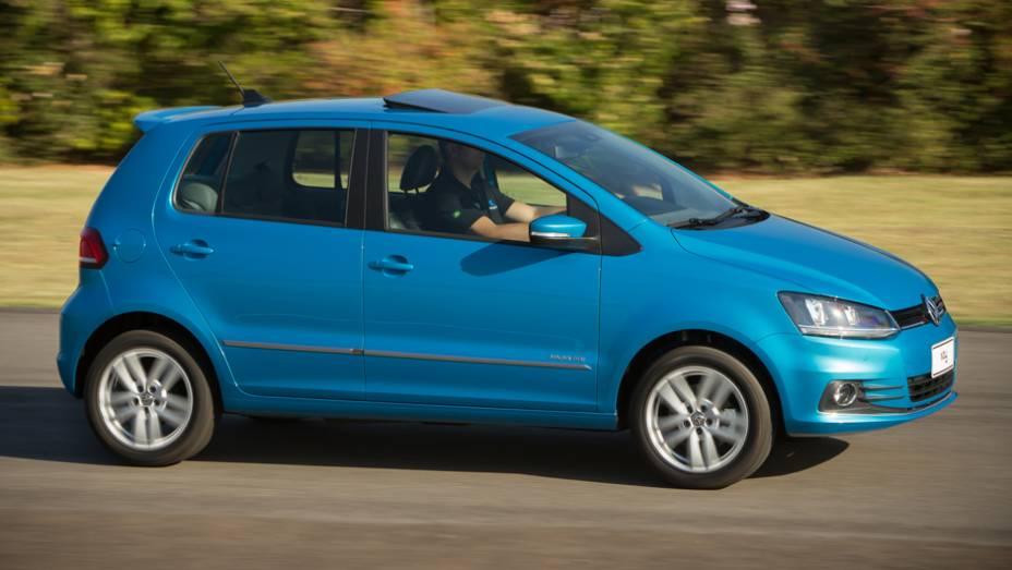 """Novas rodas de 16 polegadas (Tango) também chamam a atenção   <a href=""""http://quatrorodas.abril.com.br/carros/lancamentos/volkswagen-fox-797087.shtml"""" rel=""""migration"""">Leia mais</a>"""