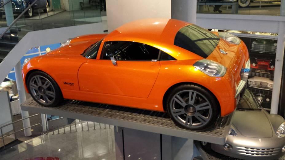 Até os protótipos que nunca viraram realidade estão no museu, como o Dodge Razor; não há previsão de quando (e se) o local voltará a receber visitantes