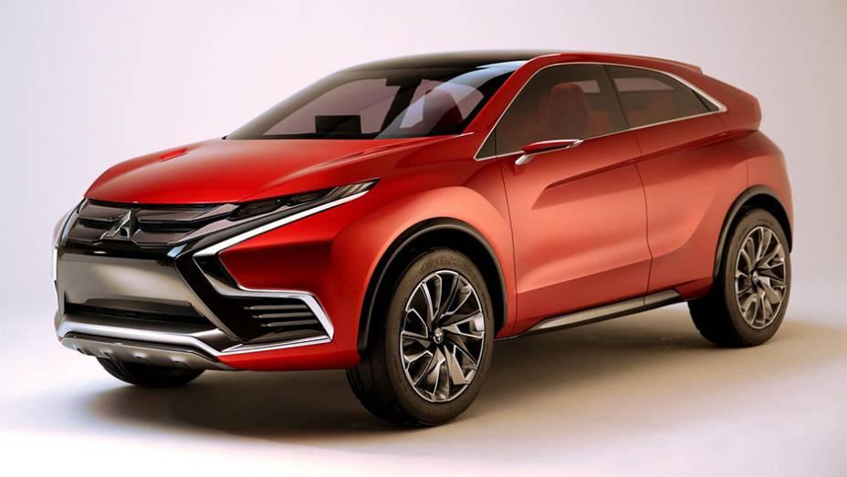 """O Concept XR-PHEV II não é exatamente uma grande novidade da Mitsubishi...   <a href=""""http://quatrorodas.abril.com.br/noticias/saloes/genebra-2015/mitsubishi-mostra-concept-xr-phev-ii-840883.shtml"""" rel=""""migration"""">Leia mais</a>"""