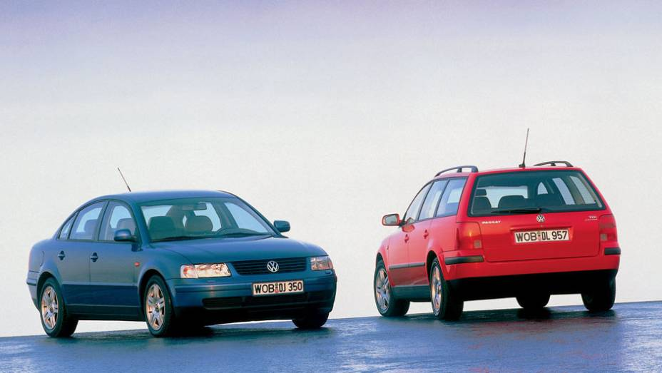 Um Passat completamente novo estreou em 1996; com a plataforma do primeiro Audi A4, ele inaugurou uma nova identidade visual de design na VW
