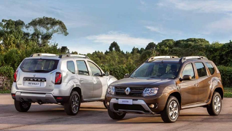"""A Renault muda o visual do Duster para tentar conter o efeito novidade de Honda HR-V e Jeep Renegade   <a href=""""http://quatrorodas.abril.com.br/noticias/fabricantes/renault-duster-2016-estreia-novo-visual-852094.shtml"""" target=""""_blank"""" rel=""""migration"""">Leia mais</a>"""