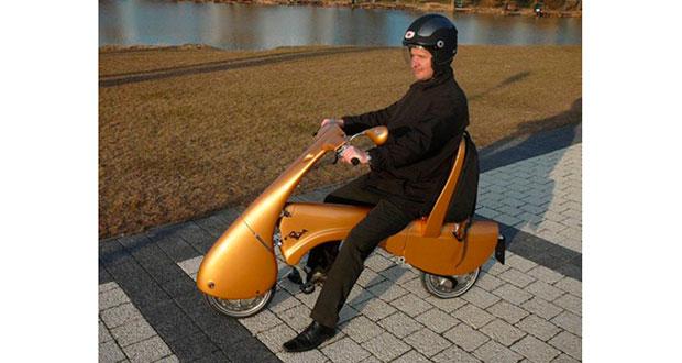Conheça Moveo, um scooter elétrico dobrável