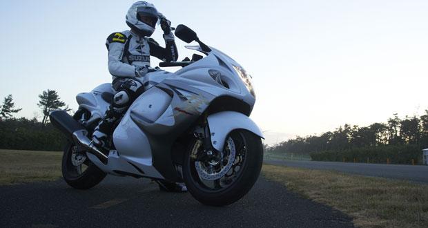 Suzuki Hayabusa 2013 chega ao Brasil com ABS