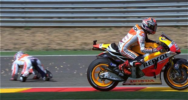 MotoGP: Com polêmica, Márquez vence em Aragón