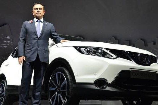 5658be142daad077cb7fa9eecarlos-ghosn-nissan-qashqai.jpeg