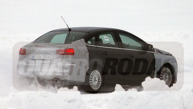 ford-focus-sedan-6.jpeg