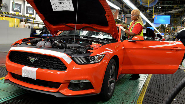 ford-mustang-fabrica-1.jpeg