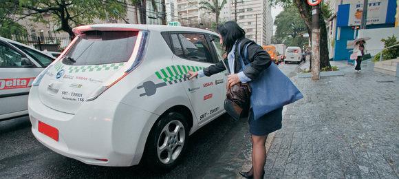 5658c63ccc505d14c829235dleaf-taxi.jpeg