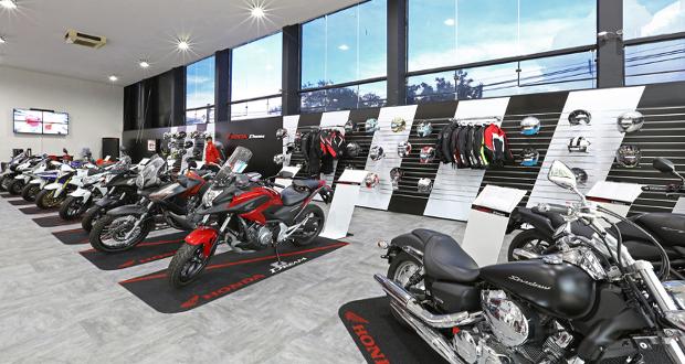 Honda inaugura concessionária para motos de altas cilindradas