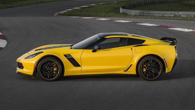 chevrolet-corvette-z06-c7-r-edition-2.jpeg