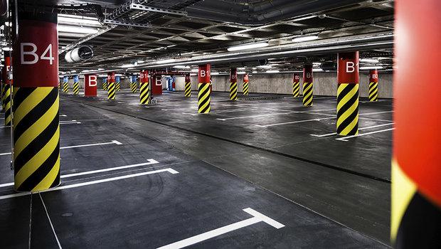 estacionamento-deserto.jpeg