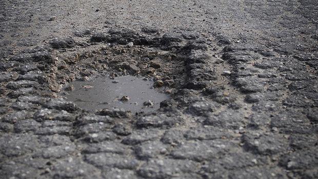 estrada-com-buraco.jpeg