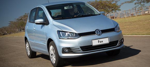 5658cabb52657372a13614d7volkswagen-fox-comfortline.jpeg
