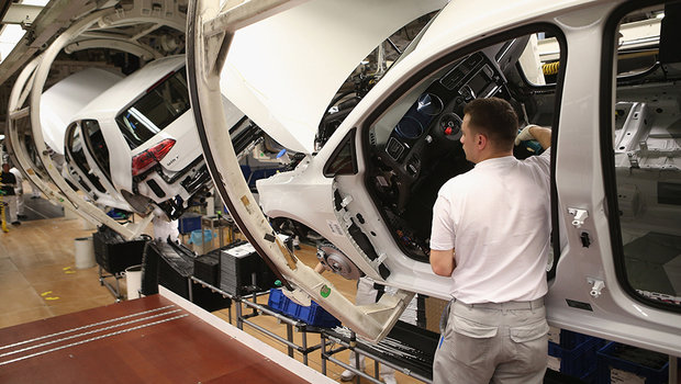5658cb48de40d64c204309aavolkswagen-golf-fabrica.jpeg