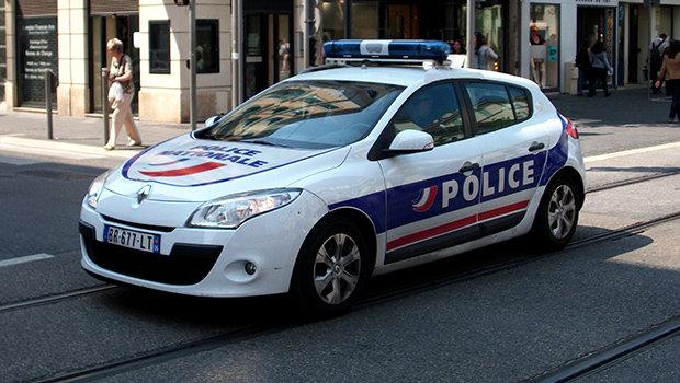 renault-megane-police.jpeg
