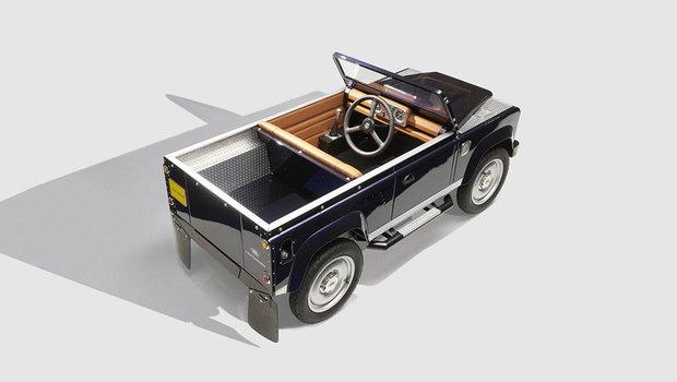 land-rover-defender-pedal-car.jpeg