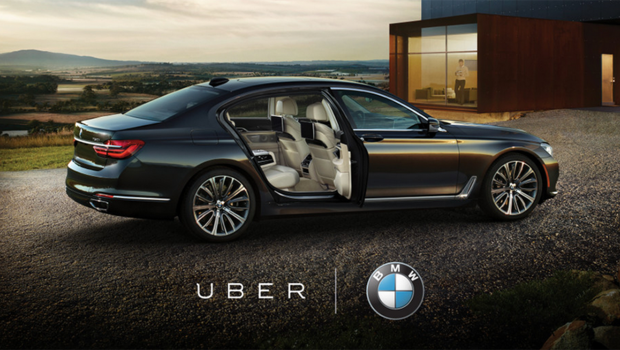 5658cdd652657372a13c477bbmw-serie-7-uber.png
