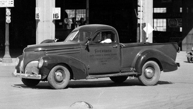 studebaker-coupe-express.jpeg