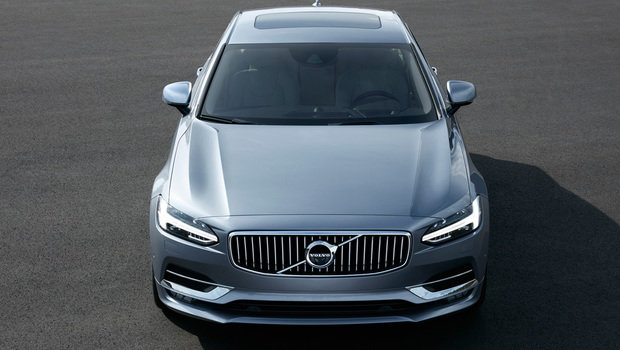 170100_high_front_volvo_s90_mussel_blue.jpeg