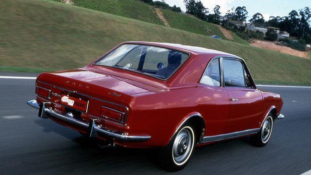 corcel-modelo-1969-com-motor-1-3-avaliado-pela-revista-quatro-rodas.jpeg