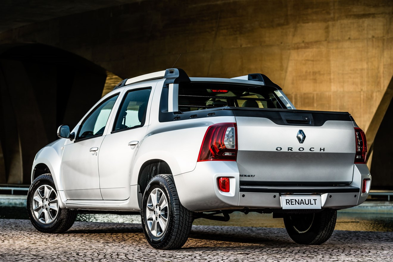 Renault Duster Oroch Dynamique 2016 Traseira