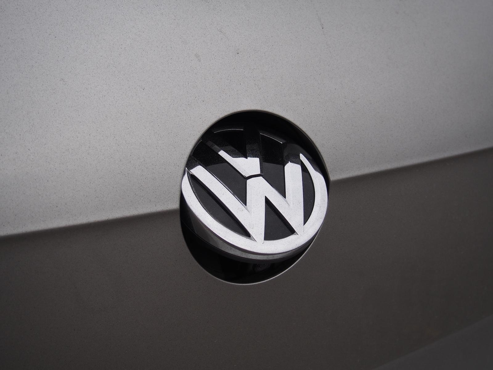 VW Golf Highline Tampa Traseira