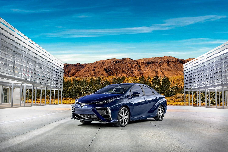 Toyota Mirai é movido a hidrogênio