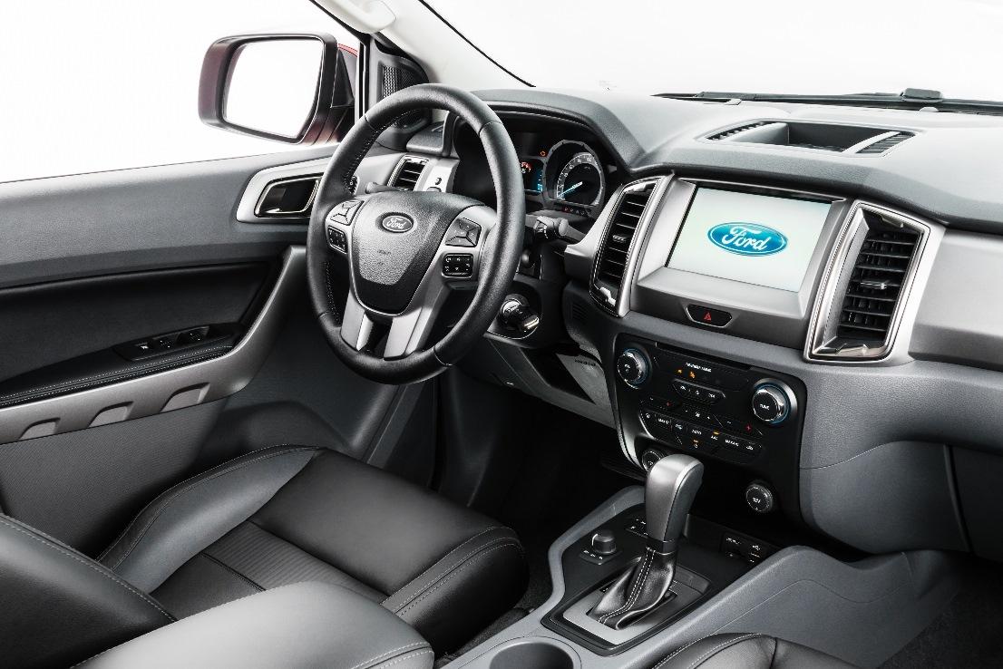 ford-ranger-2017-interior-3