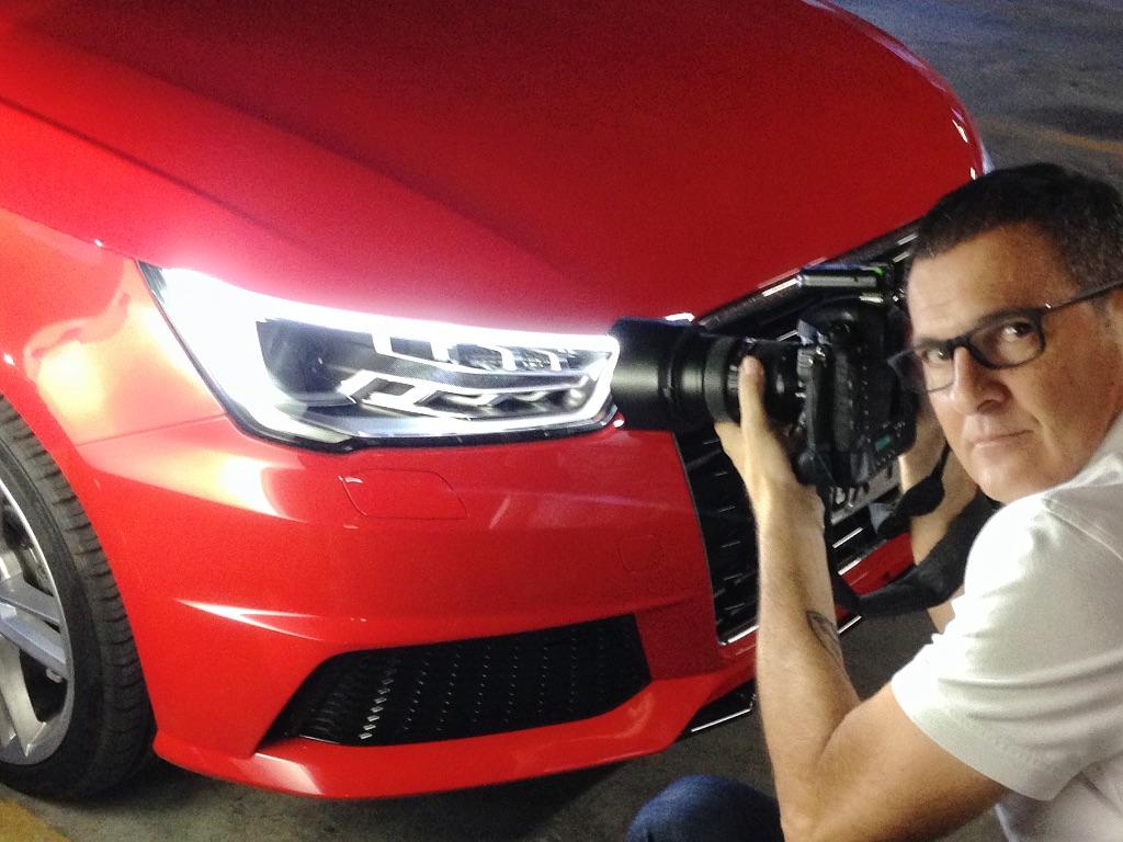 O fotógrafo Marco de Bari é o responsável pela maioria das fotos da QUATRO RODAS