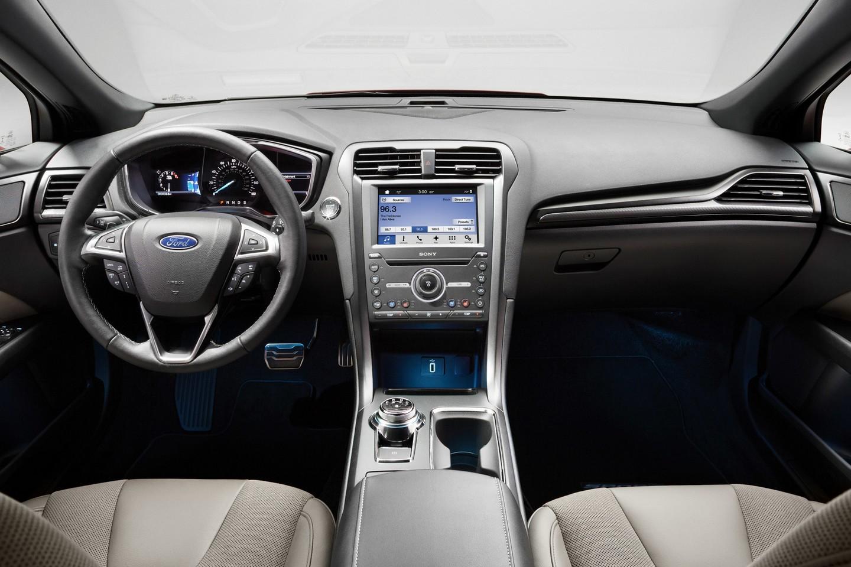 ford-fusion-interior