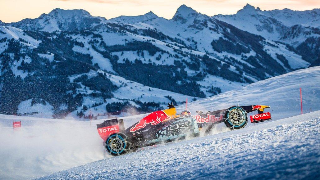 Red Bull F1 na neve