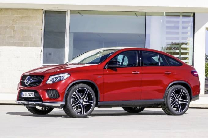 56b136260e21630a3e10f4b7mercedes-benz-gle-450-amg-coupe-red.jpeg
