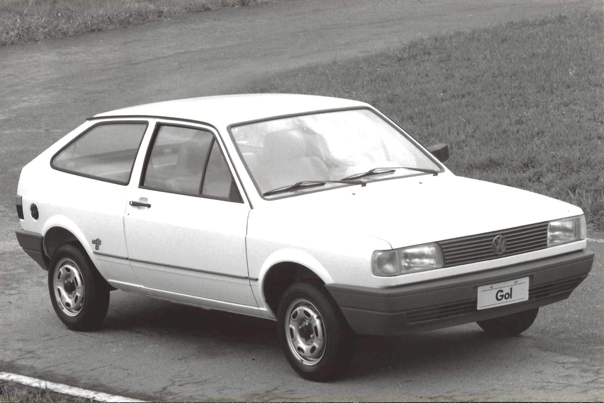 VW Gol 1000 2