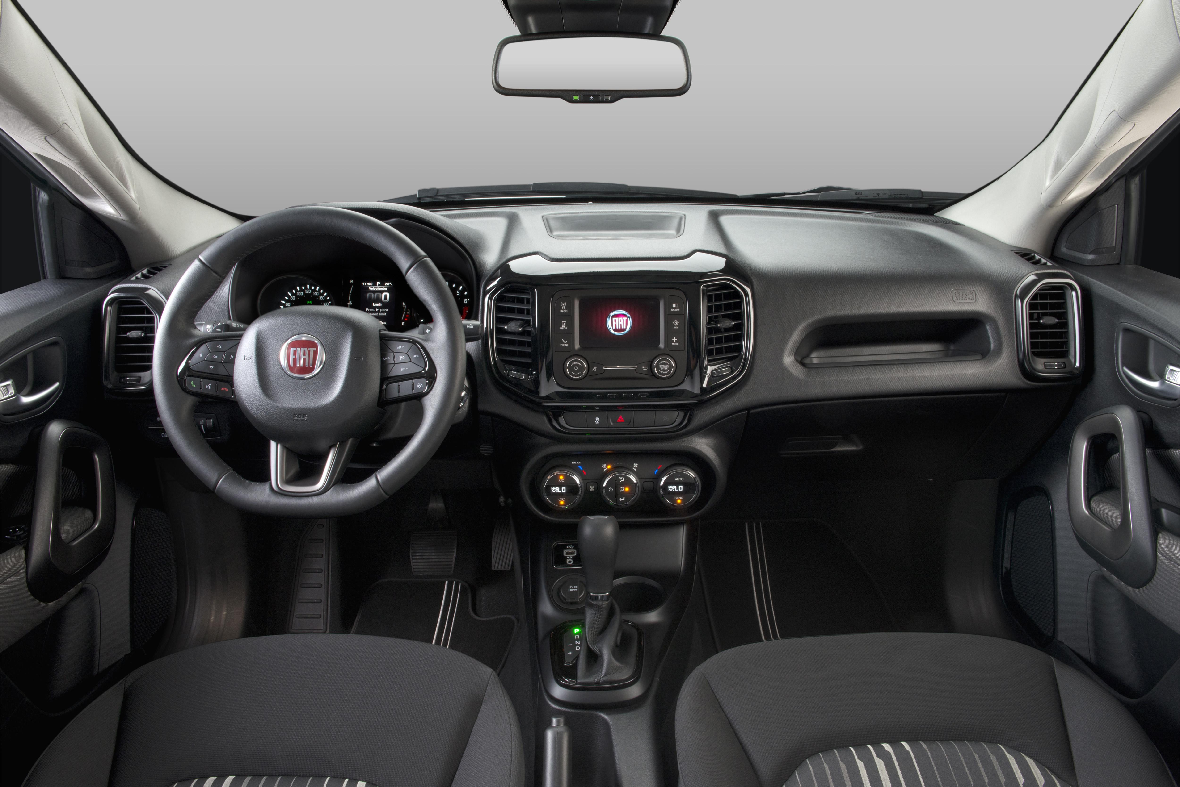Fiat Toro Flex - painel