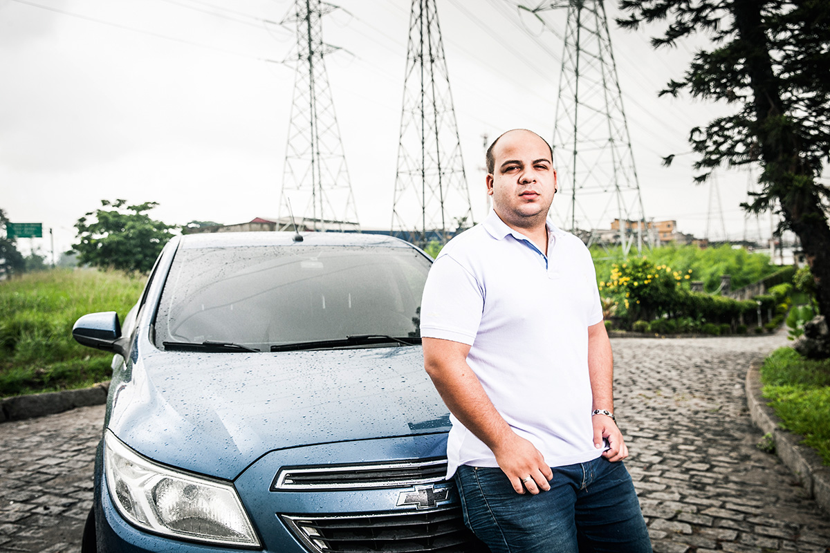 Eduardo Couto Esteves, dono de um Onix