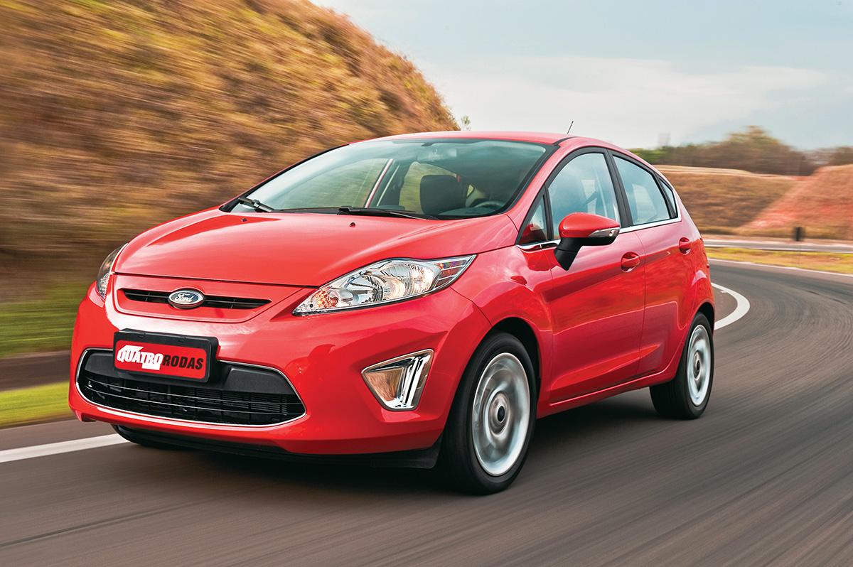 New Fiesta Hatch modelo 2012 da Ford, testado pela revista Quatro Rodas