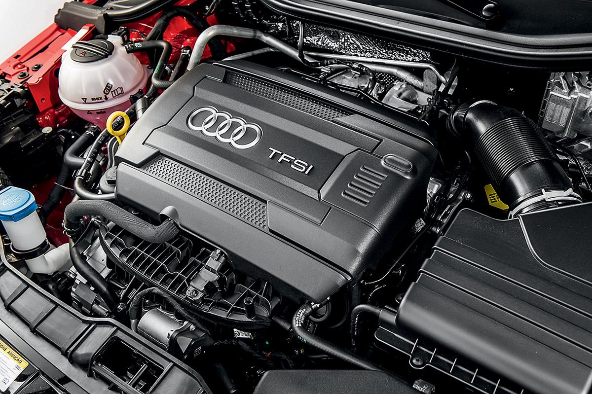 Motor 1.8 turbinado: 192 cv e alta performance