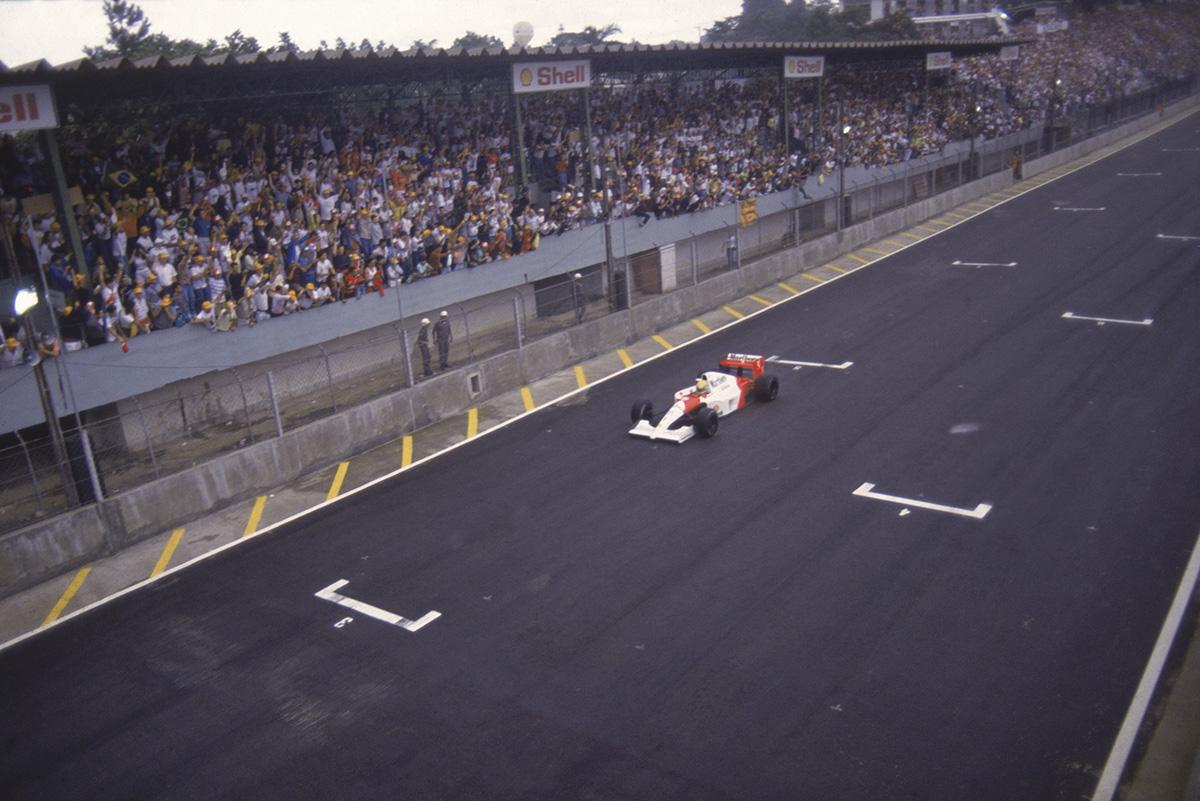 Ayrton Senna, da McLaren, no GP Brasil de F1