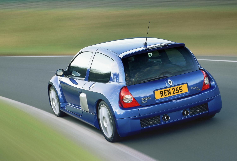 Clio II geração V6