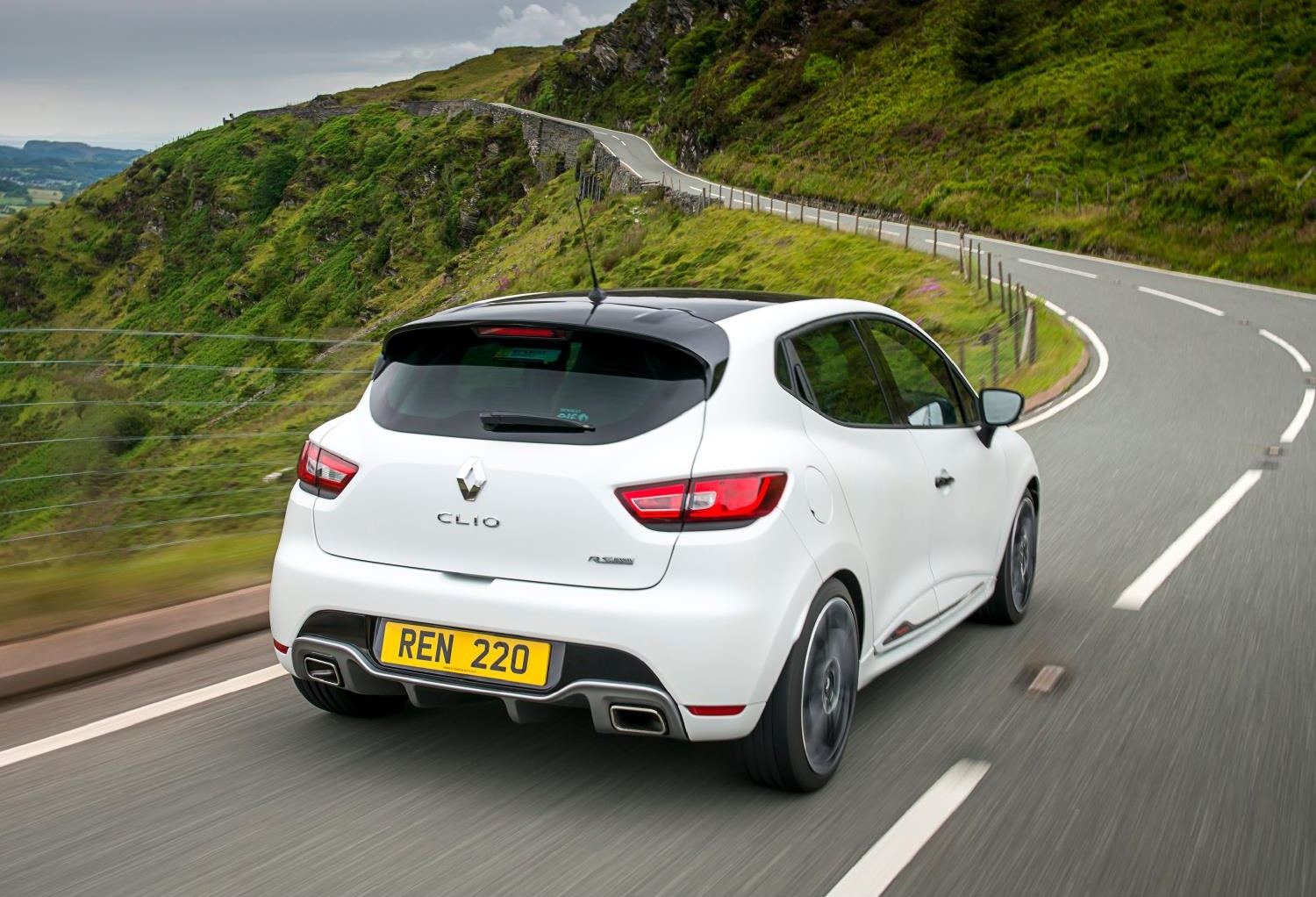 Clio IV RS Trophy