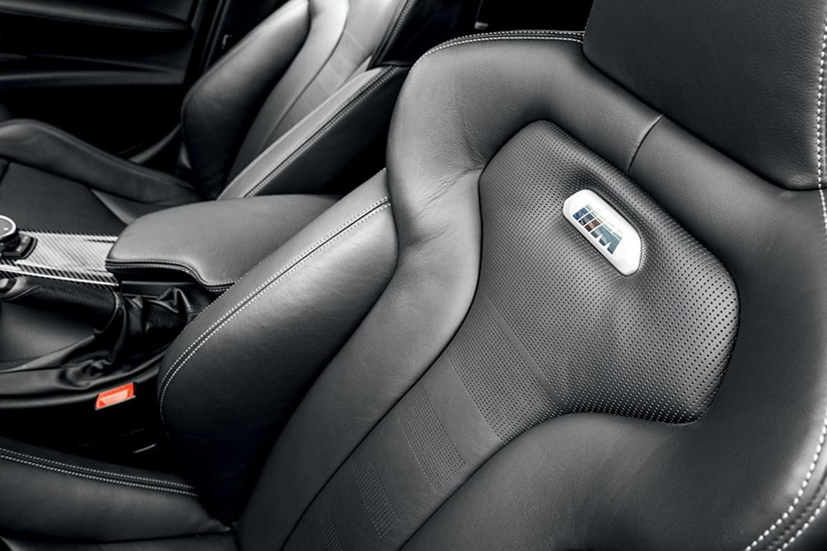 Apesar dos luxos, M3 dá a sensação de um carro de corrida
