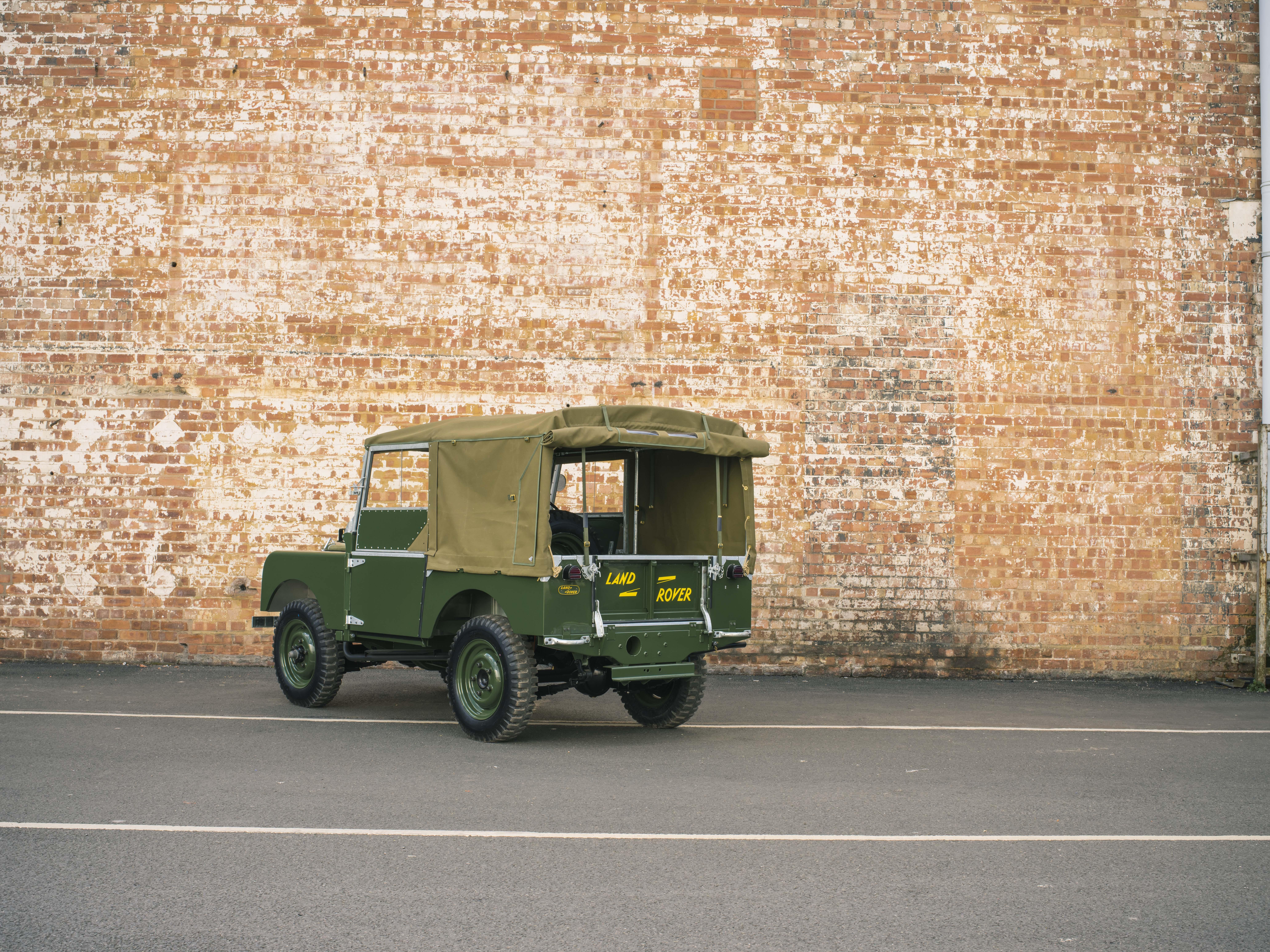 Land Rover Série 1 rear