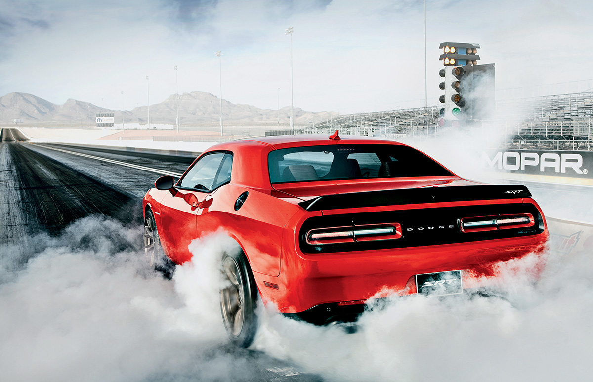 Dodge Challenger Hellcat A Maquina De Fazer Fumaca Quatro Rodas