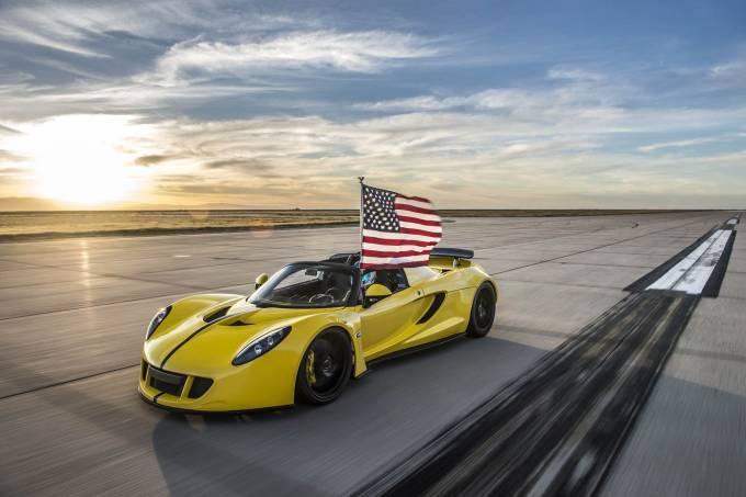 570d0c830e216316150060e8venomgt-convertible-world-record-02-1.jpeg